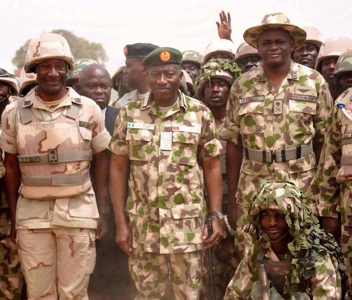 Pres. Goodluck Jonathan visits troops in Baga, Mubi  (10)