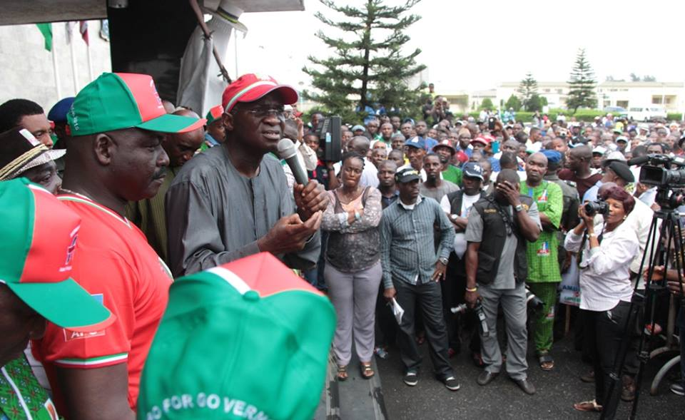 Babatunde Fashola addressing members of the Lagos State Chapter of the National Union Road Transport Workers (NURTW)  April 7 2015