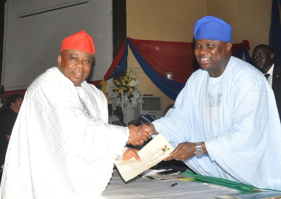 Ambode swears in commissioners 19th October 2015 (10)