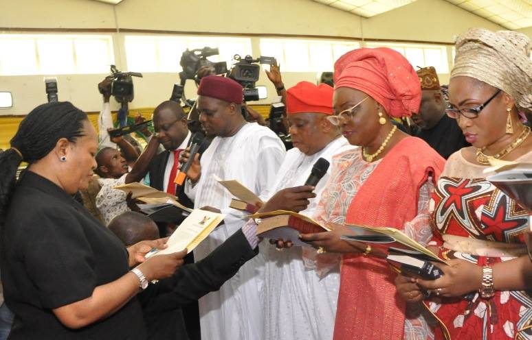 Ambode swears in commissioners 19th October 2015 (8)
