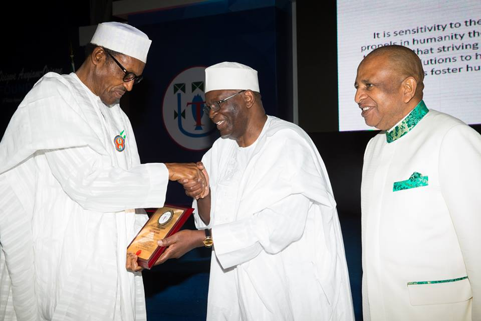 Pres Buhari at the 15th Osigwe Any-iam-Osigwe Lecture Series 11th December 2015 (2)