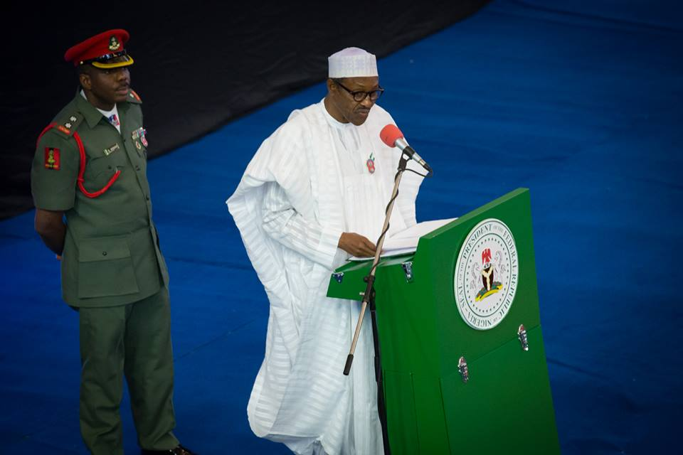 Pres Buhari at the 15th Osigwe Any-iam-Osigwe Lecture Series 11th December 2015 (4)