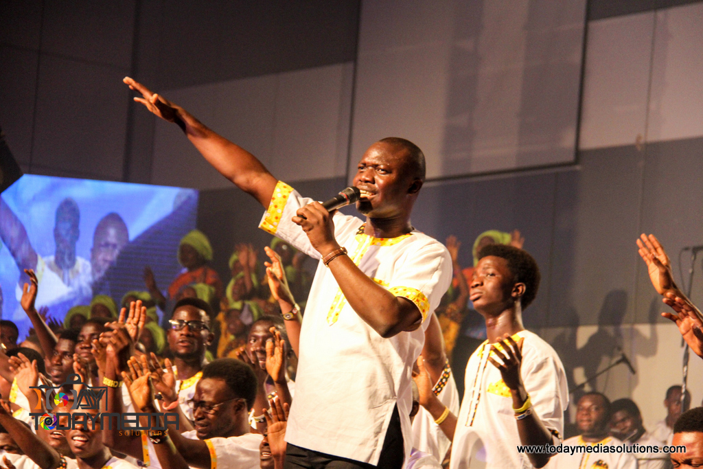 Kunle Kenny at RCCG 74 hours Marathon Messiahs Praise_